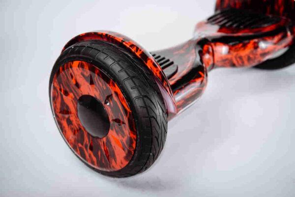Hoverboard s hrubými kolieskami FIRE Z boku detail